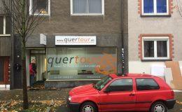 Fensterbeschriftung für die Firma quertour